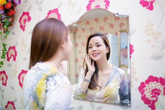 Á hậu Ruby Anh Phạm bật mí bí quyết làm đẹp bằng công nghệ Nano tại Spa Hoàng Cung