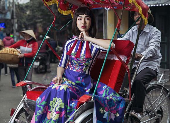 """Á hoàng Golf Queen Nguyễn Hải Anh duyên dáng với BST áo dài """"Sắc Nghê Việt"""""""