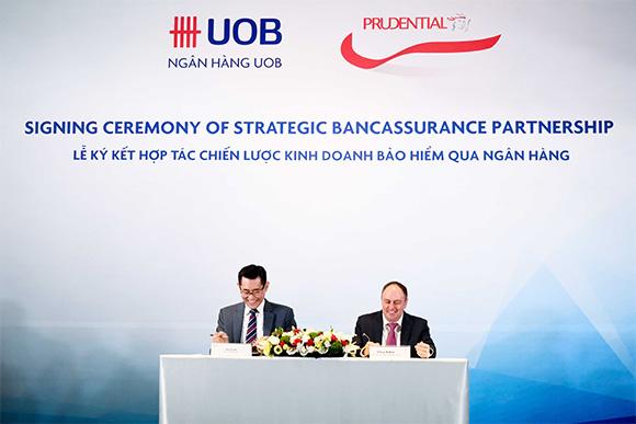 Prudential và Ngân hàng UOB Việt Nam ký kết hợp tác chiến lược kinh doanh bảo hiểm qua ngân hàng