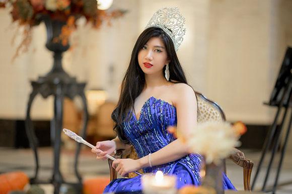 Nhan sắc đẹp không tì vết của Hoa hậu Hà Lan gốc Việt Jiji Lê.