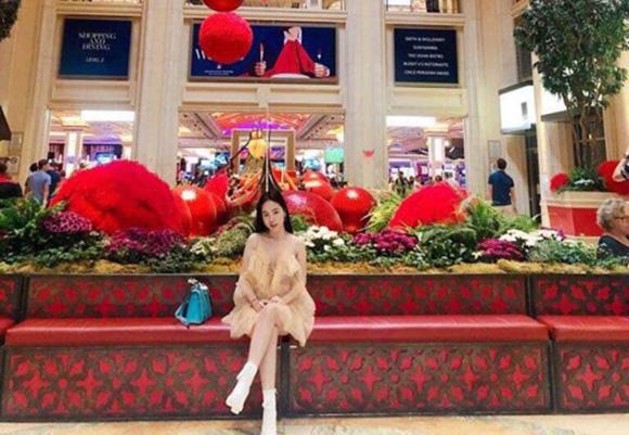 """Hoa hậu Hạ My không hổ danh mỹ nhân hàng hiệu khi """"phủ"""" kim cương và đồng hồ trị giá 40 ngàn đô la ngày đầu  mới"""