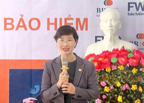 Công ty BRICS Việt Nam vừa phối hợp với Công ty FWD chi trả tiền bảo hiễm cho ông Nguyễn Tấn Dũng  tại H Sơn Hà