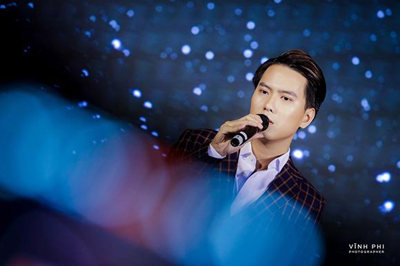 Liệu ca sĩ Barry Nam Bảo  có đạt kỹ lục triệu view  khi hát nhạc phẩm Nhân Duyên Do Trời của Nguyễn Minh Cường?