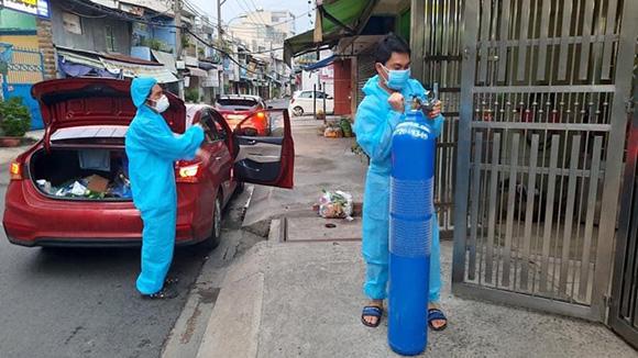 Cindy Trần Mai Anh tài trợ ô xy cấp cứu F0 tại nhà