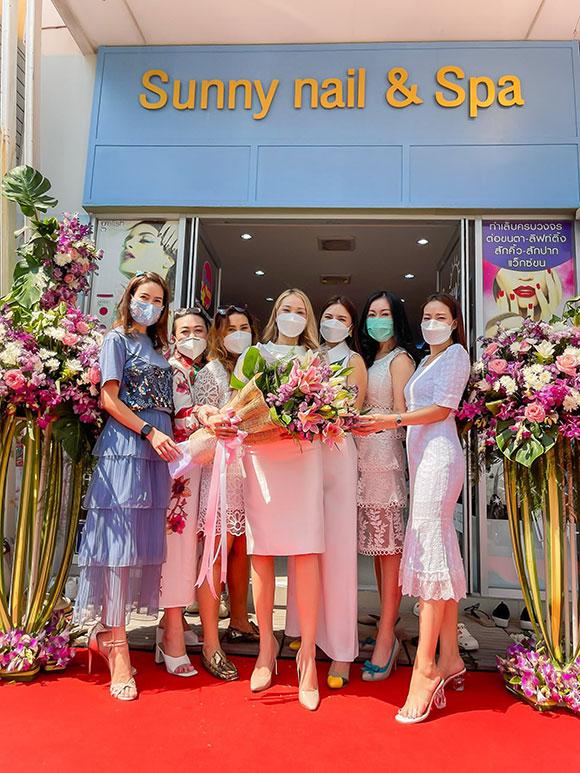 Hoa hậu Xuân Nguyễn mở tiệc kĩ niệm 1 năm khai trương Sunny Nail Spa tại Thái Lan.